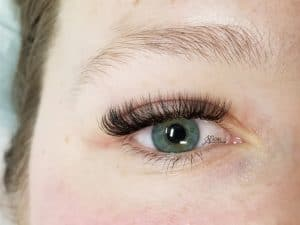 Volume eyelash extensions